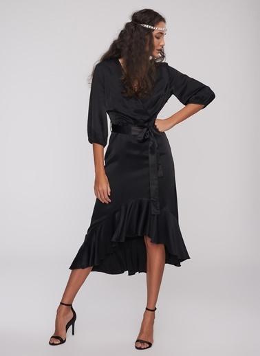 People By Fabrika Saten Volanlı Elbise Siyah